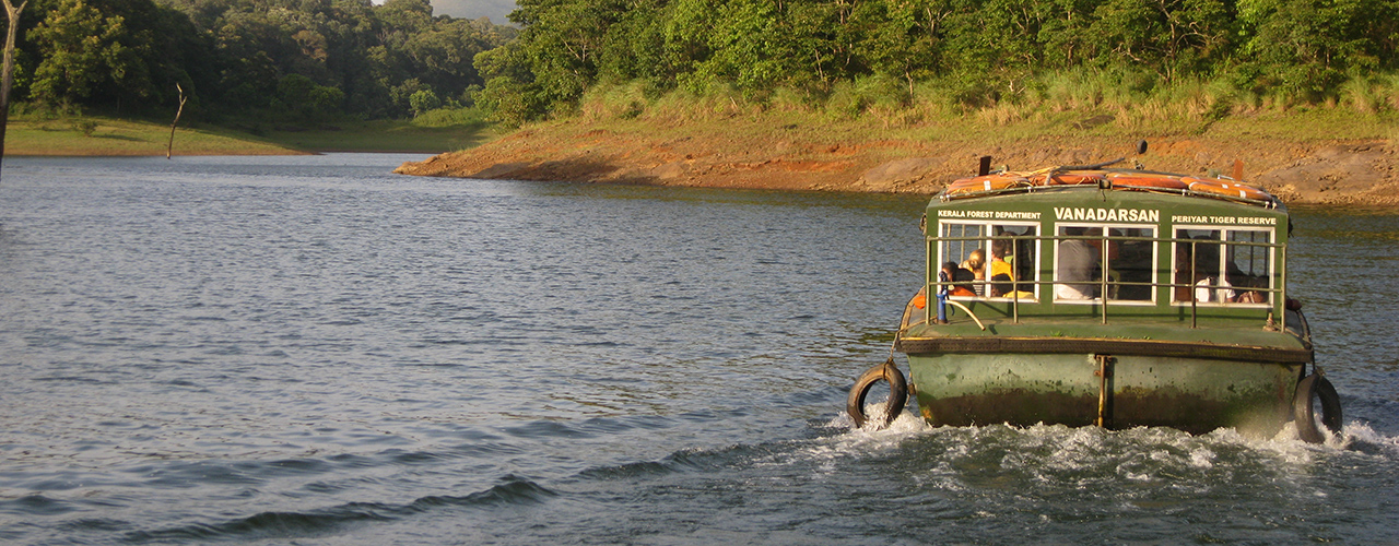 Boat Ride On Periyar Lake With Reformed Poachers - Ibex Expeditions
