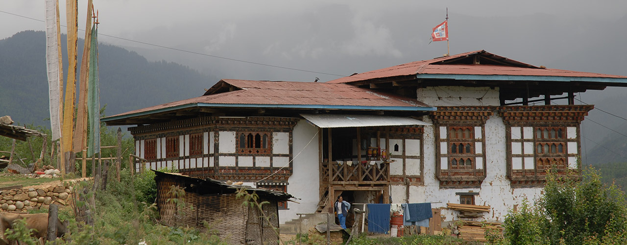 Village home built in true Bhutanese style on the trek - Ibex Expeditions